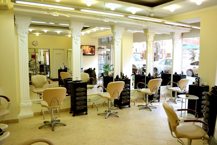 Чем отличается парикмахерская от салона красоты